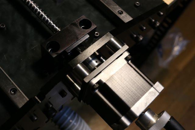 CNCフライス Y軸 ステッピングモータ取付け