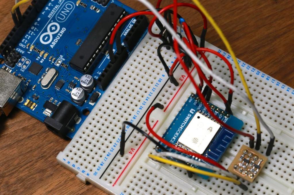 Arduino UNO + ESP-WROOM-02(ESP8266)