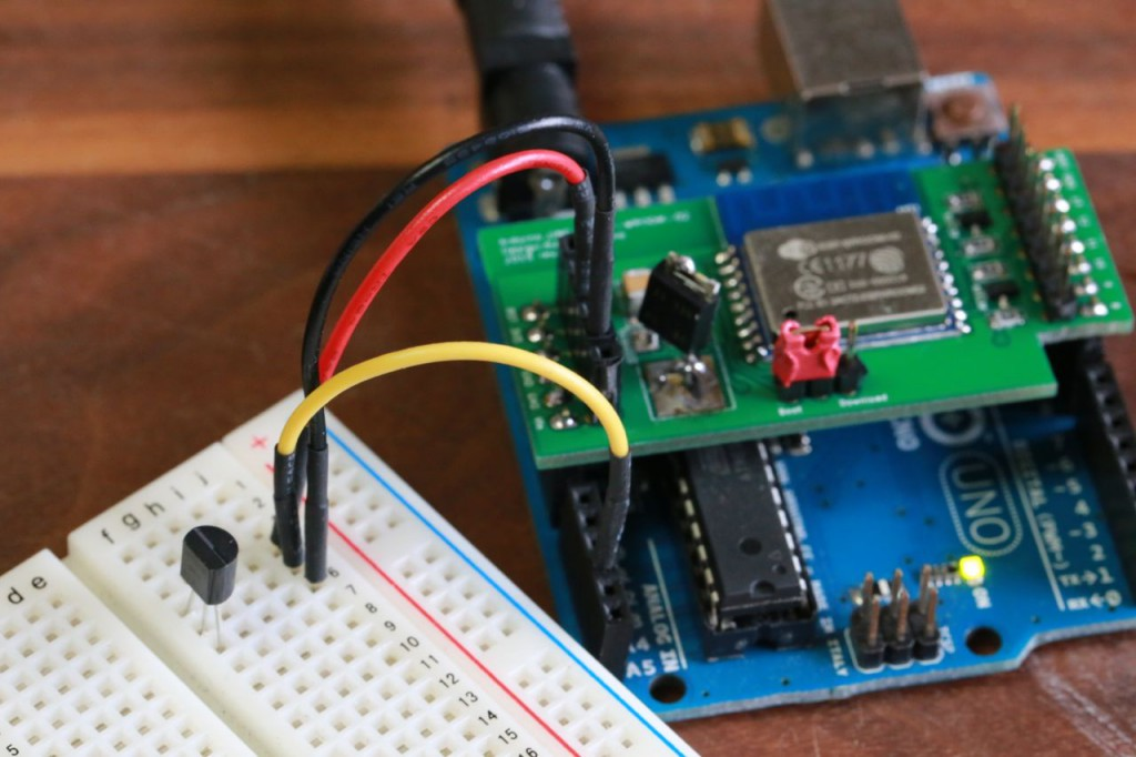 Arduino UNO + ESP-WROOM-02 shield